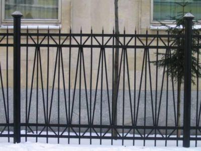 Металлический забор секционный