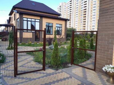 Забор для коттеджа